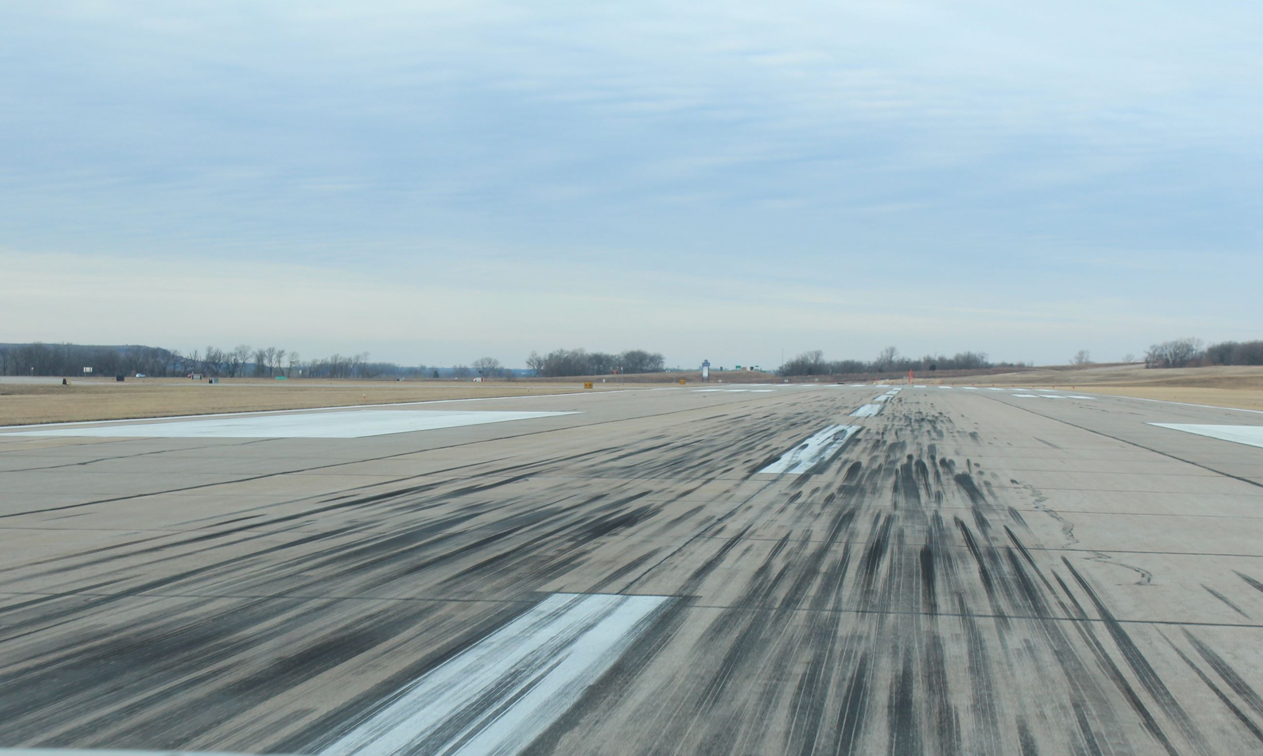 photo of the runway at Manhattan Regional Airport